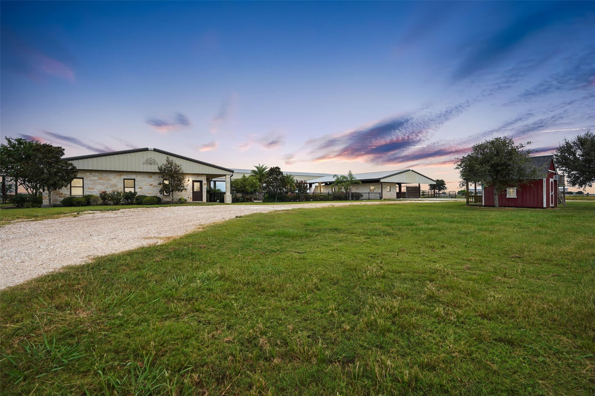 809 County Road 358 Property Photo - El Campo, TX real estate listing