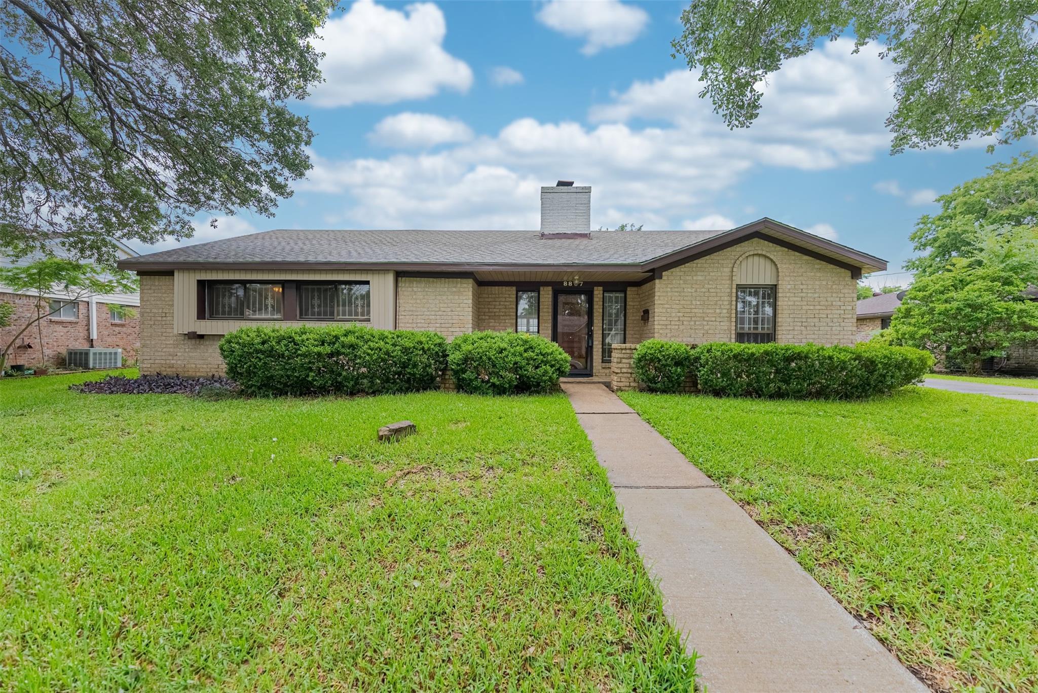 8807 Triola Lane Property Photo