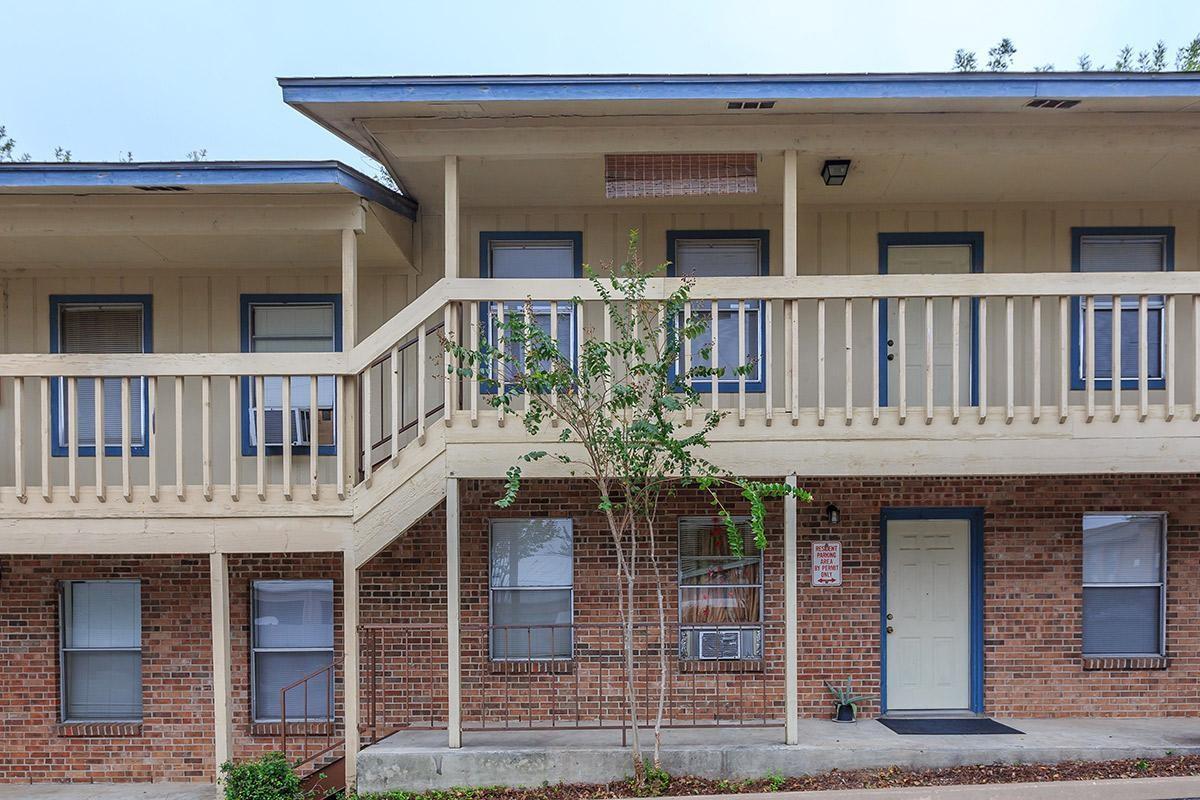 121 Woodward Street Property Photo - Austin, TX real estate listing