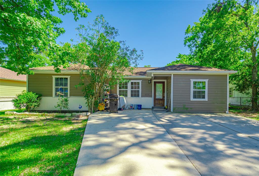 9106 Linda Vista Road Property Photo - Houston, TX real estate listing