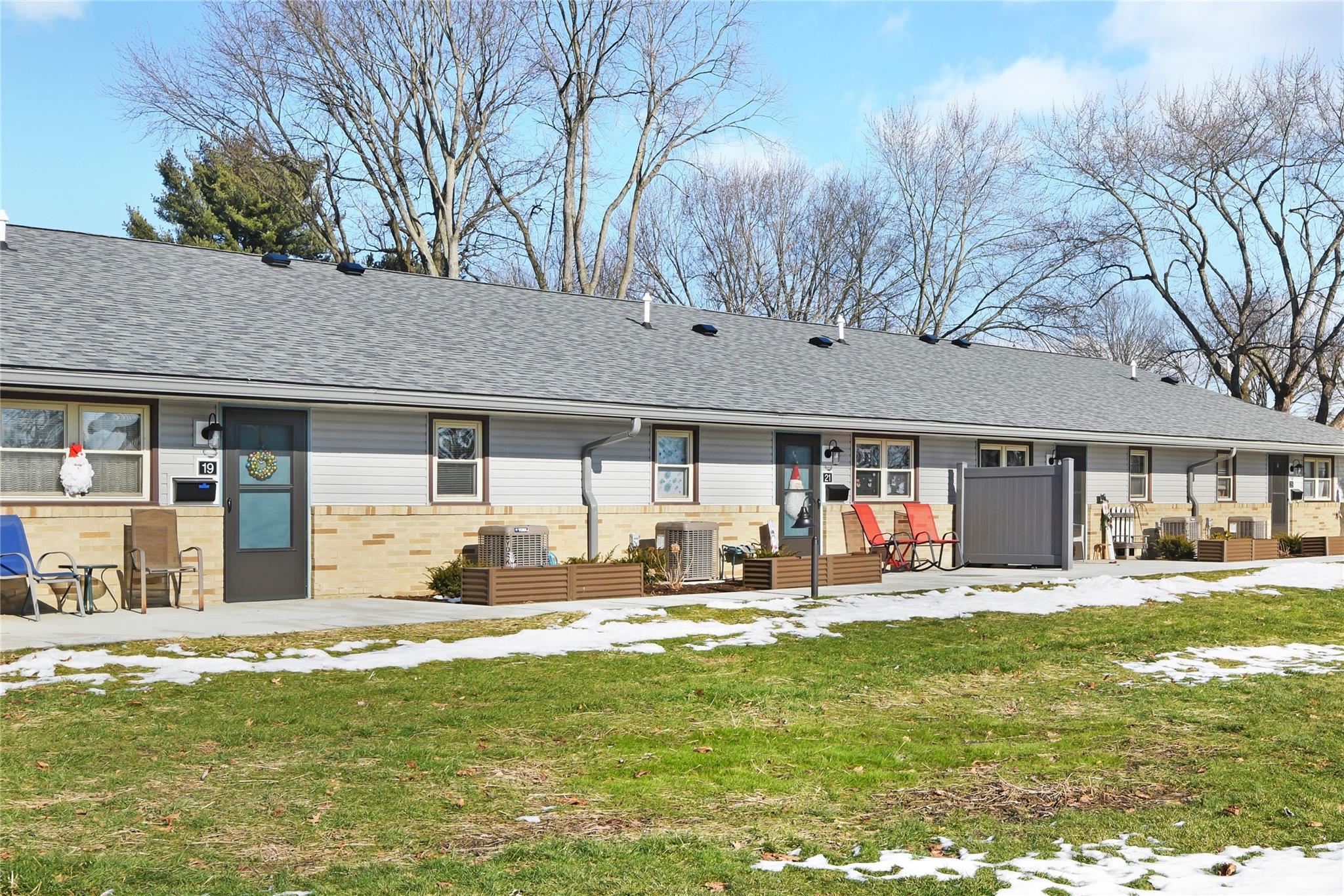 44647 Real Estate Listings Main Image