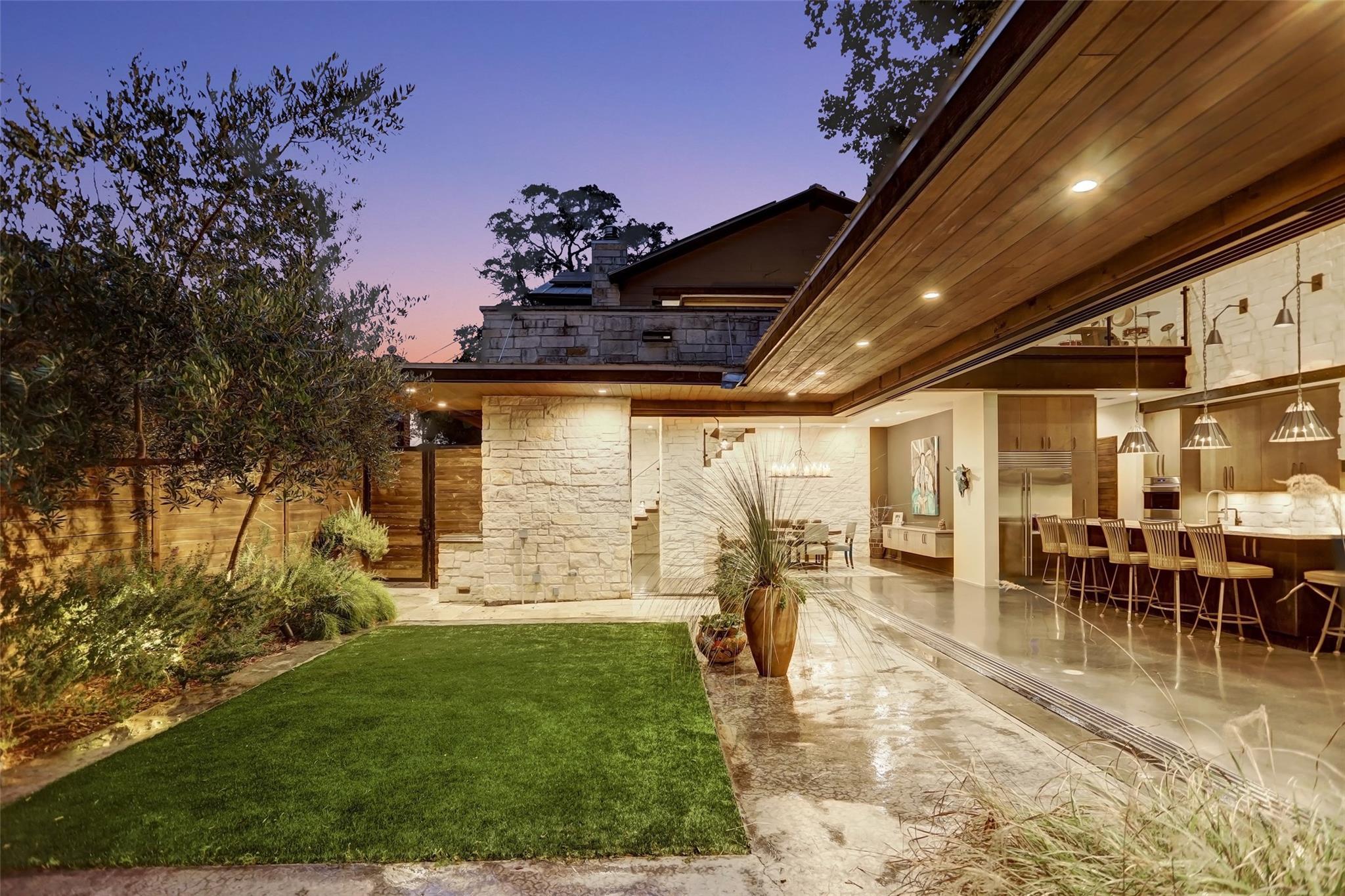 910 Rutland Street Property Photo - Houston, TX real estate listing