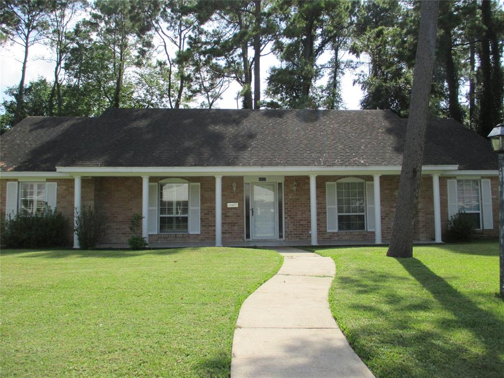 3022 Inwood Drive, Dickinson, TX 77539 - Dickinson, TX real estate listing