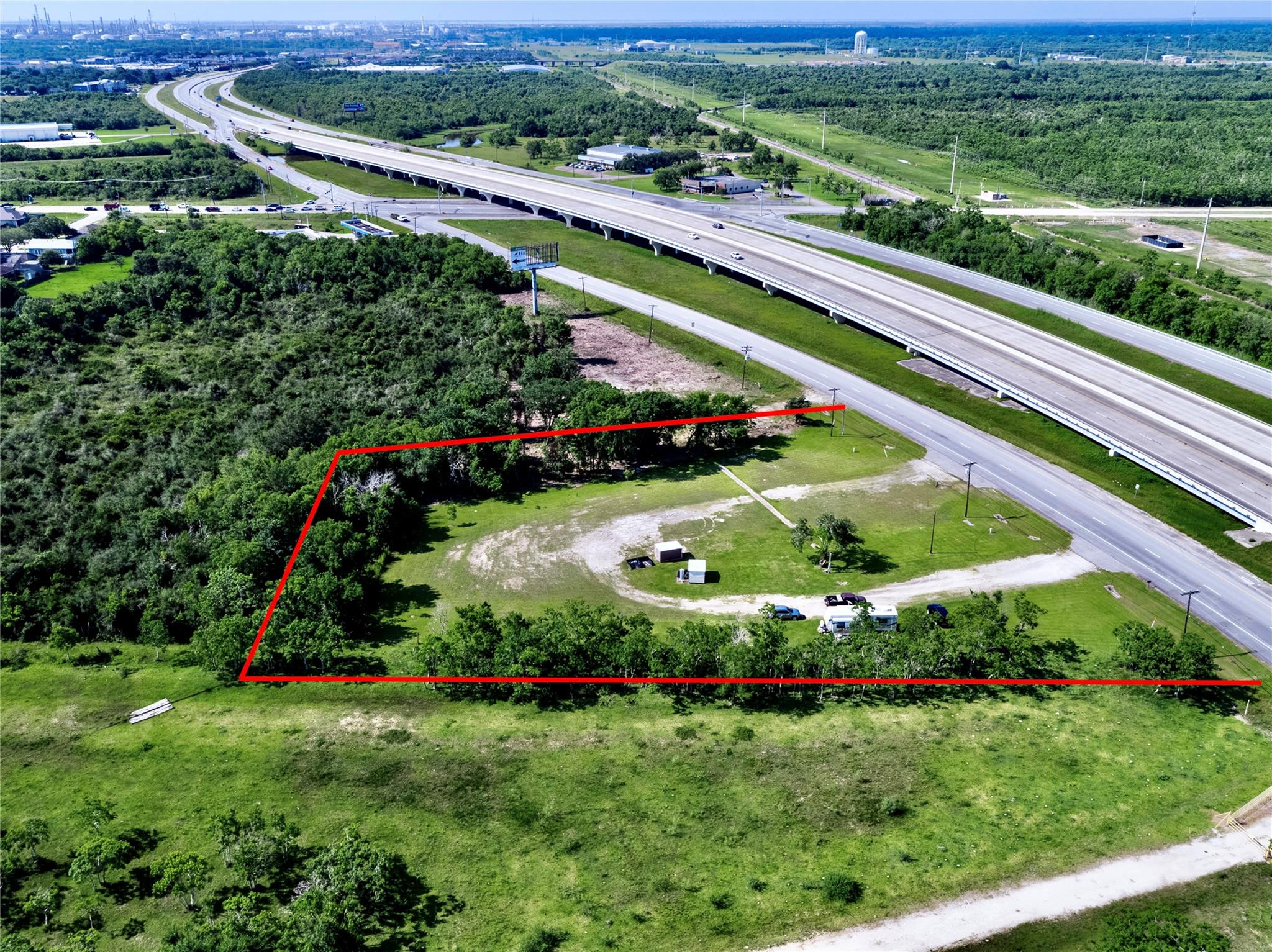 2800 Highway 146 N Property Photo