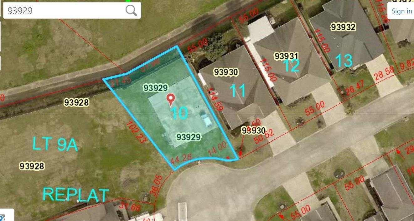 2804 Poydras Court Property Photo - Nederland, TX real estate listing