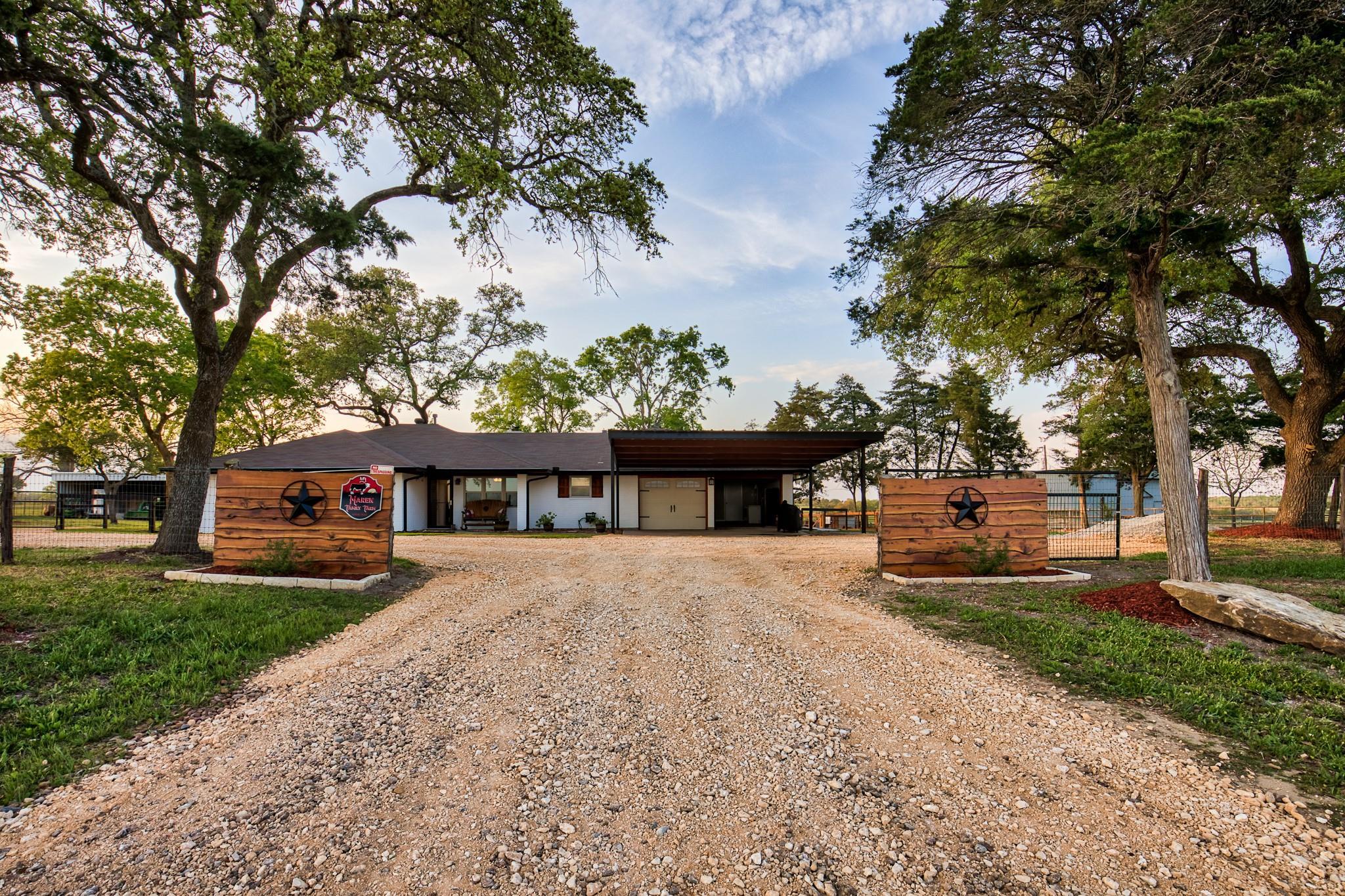 2252 Fm 1697 Road Property Photo - Burton, TX real estate listing