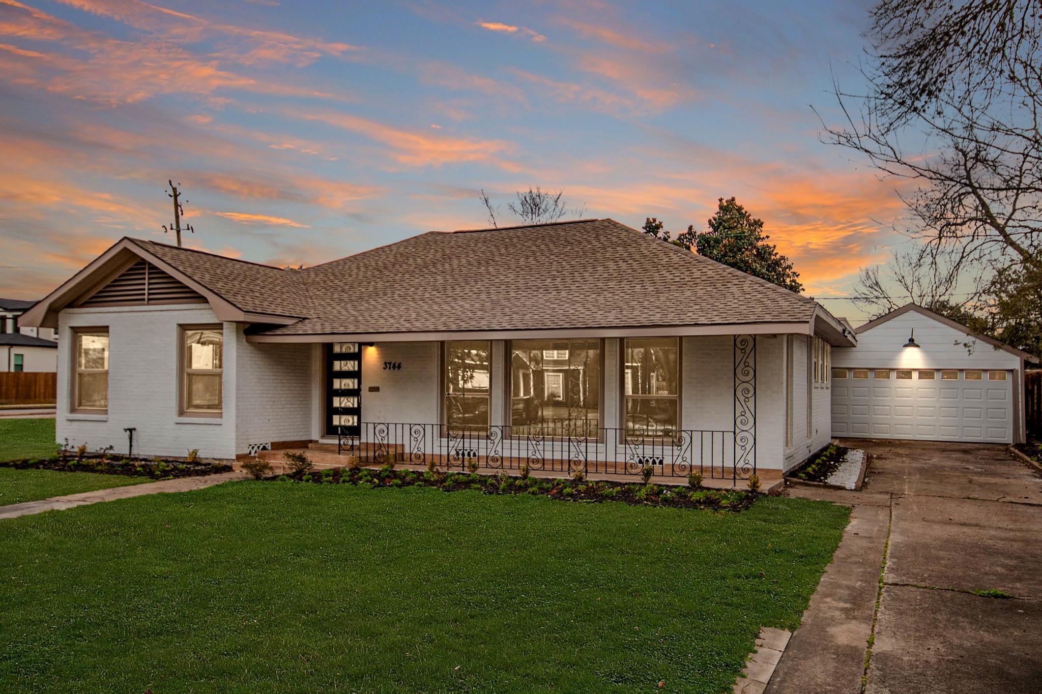 3744 Parkwood Drive Property Photo