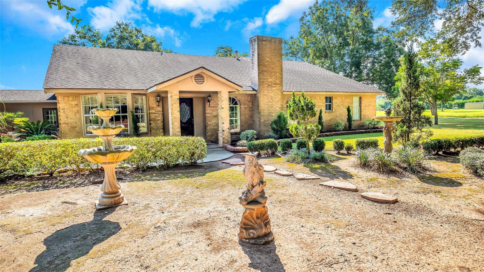 10125 Fm 1489 Road Property Photo - Wallis, TX real estate listing