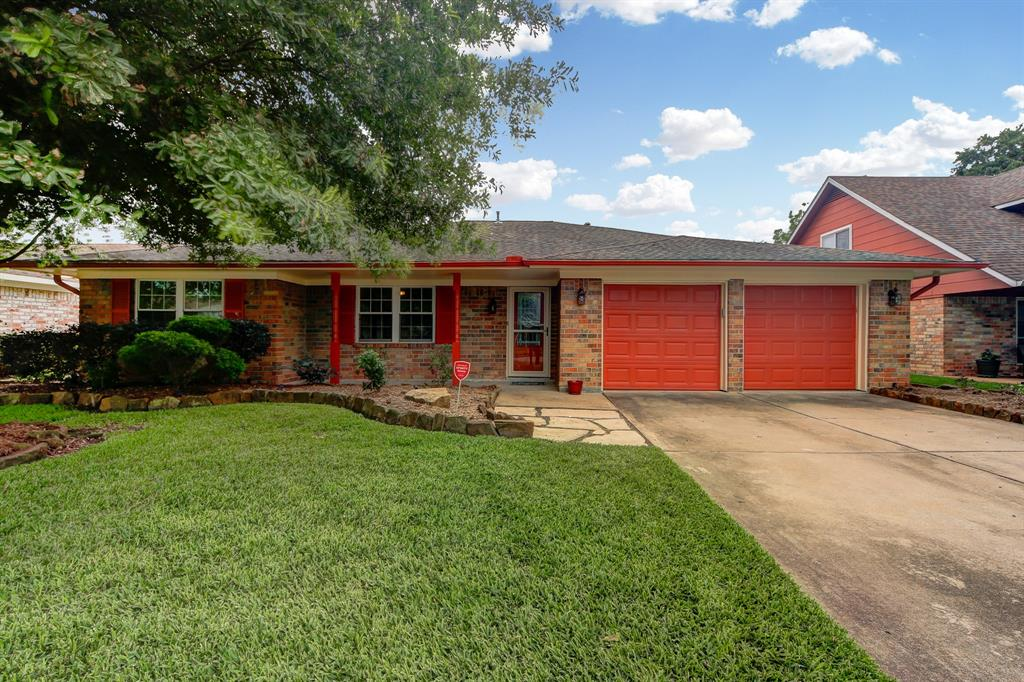 2434 Henderson Lane Property Photo - Deer Park, TX real estate listing
