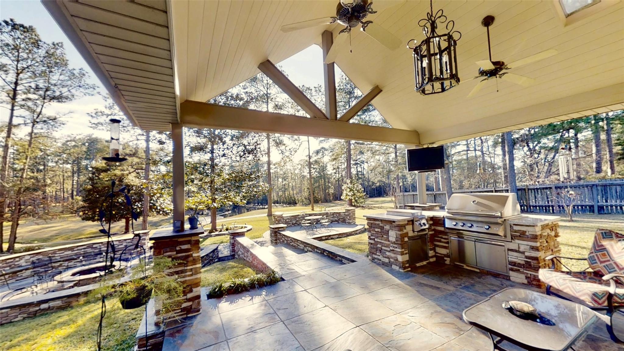 416 Broadmoor Drive Property Photo - Brookeland, TX real estate listing