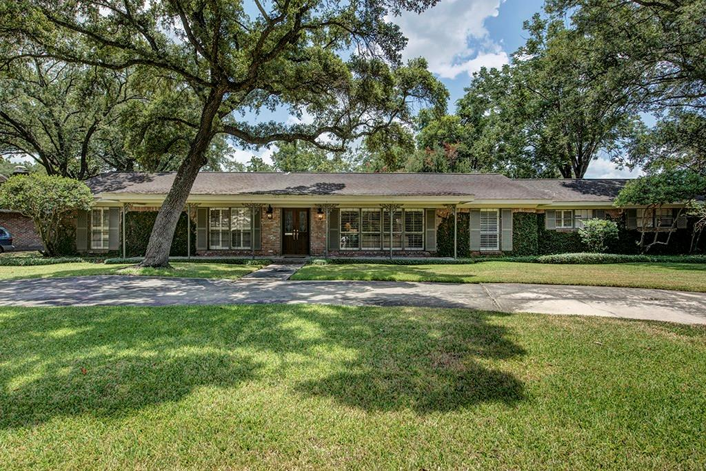 7521 Creekwood Drive Property Photo 1