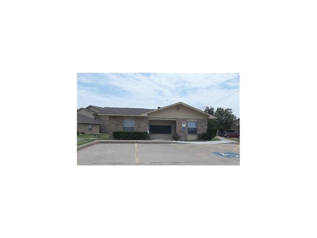 501 W Criner Street Property Photo - Grandview, TX real estate listing