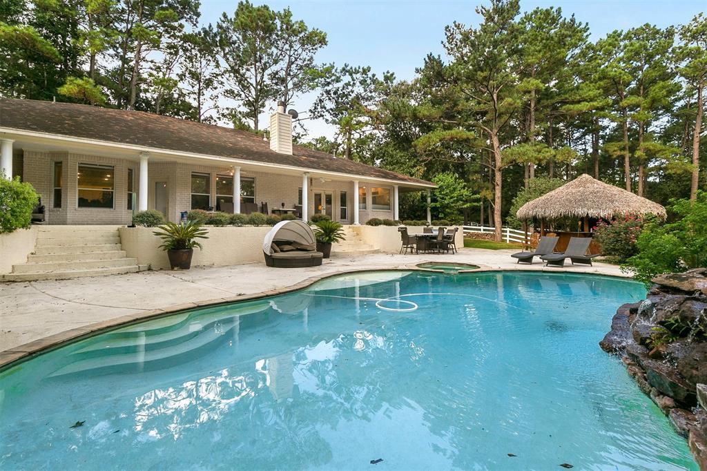 2026 Windcrest Drive, Magnolia, TX 77354 - Magnolia, TX real estate listing