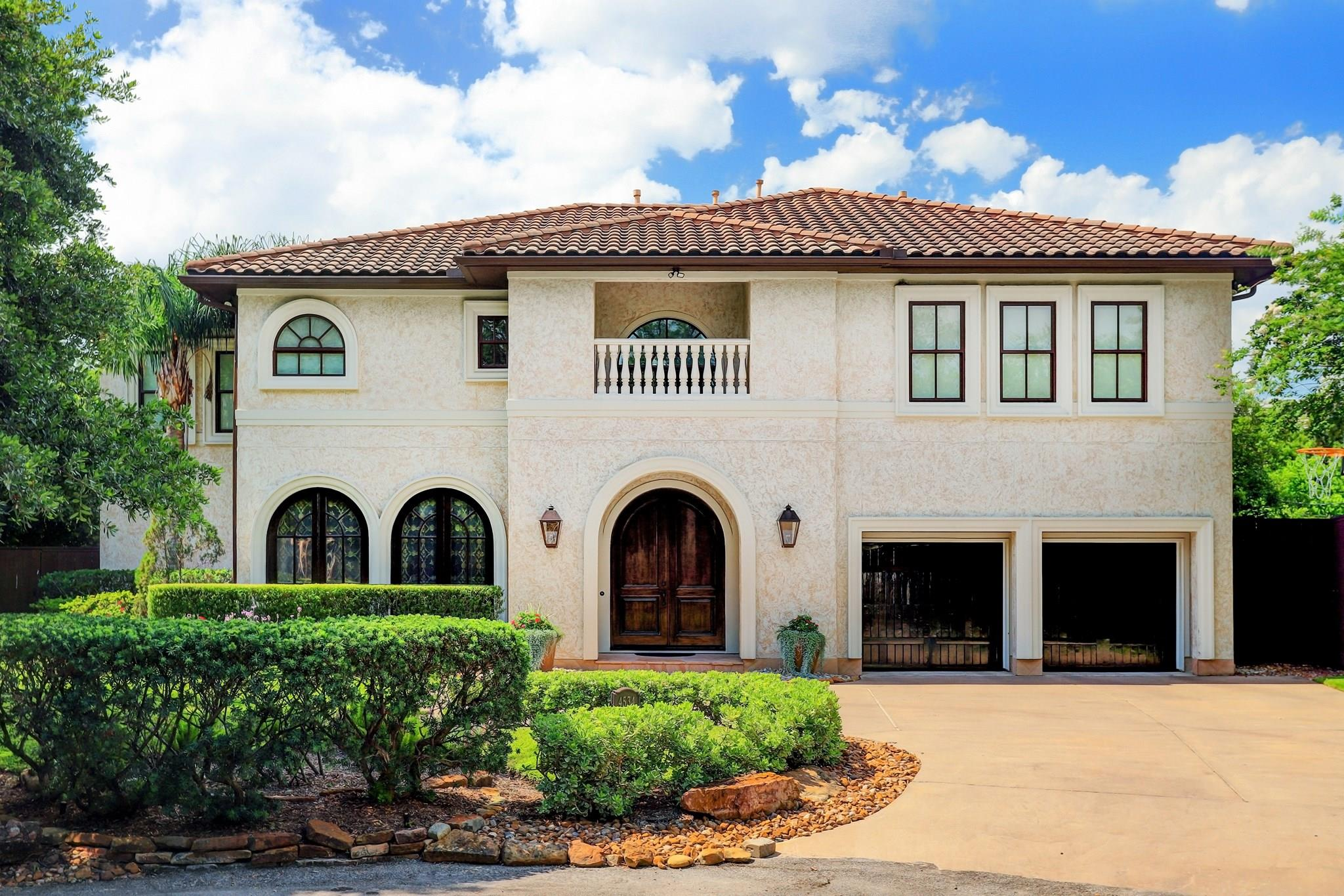 4534 Live Oak Street Property Photo - Bellaire, TX real estate listing