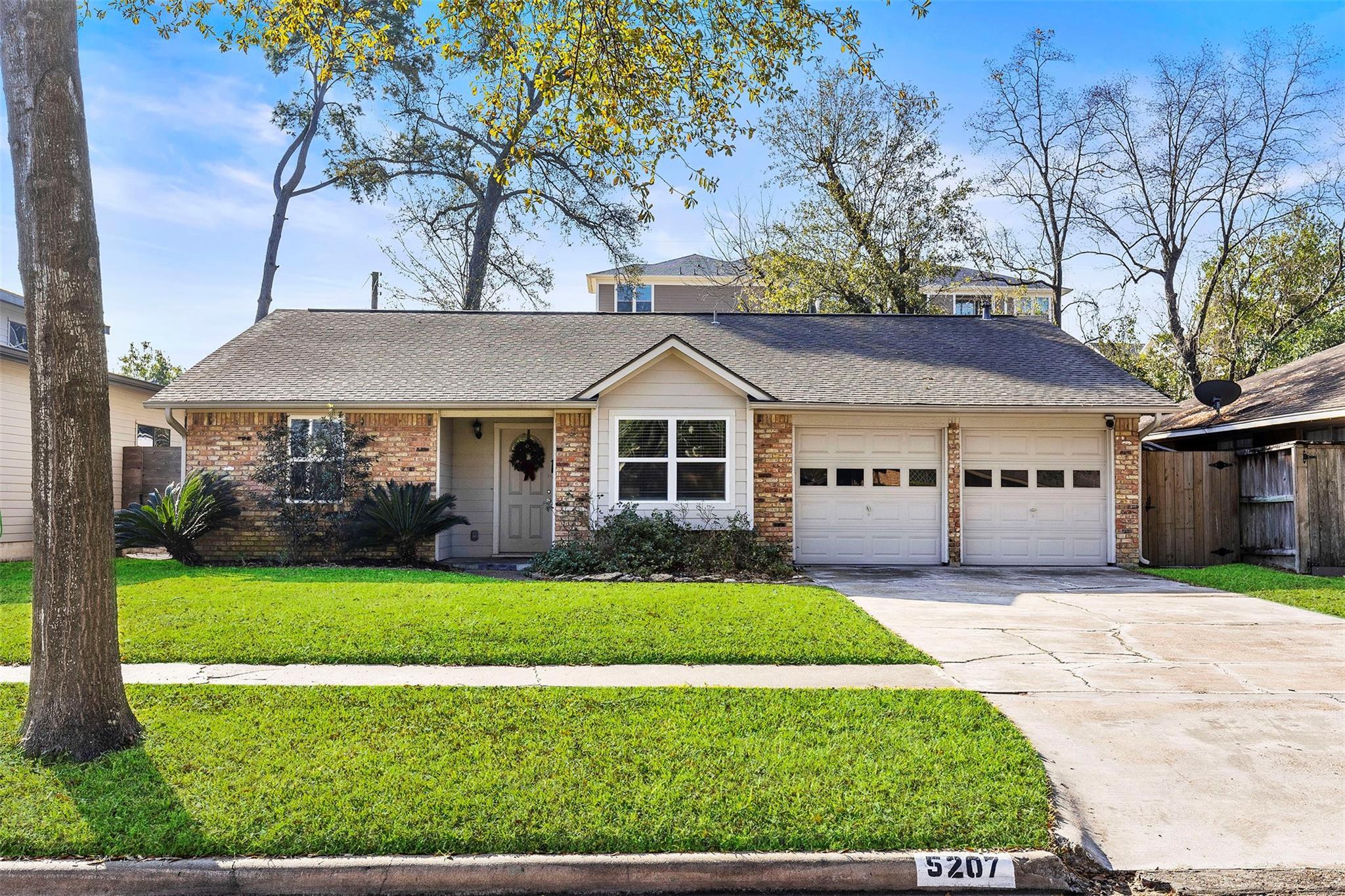 5207 Lamonte Lane Property Photo - Houston, TX real estate listing