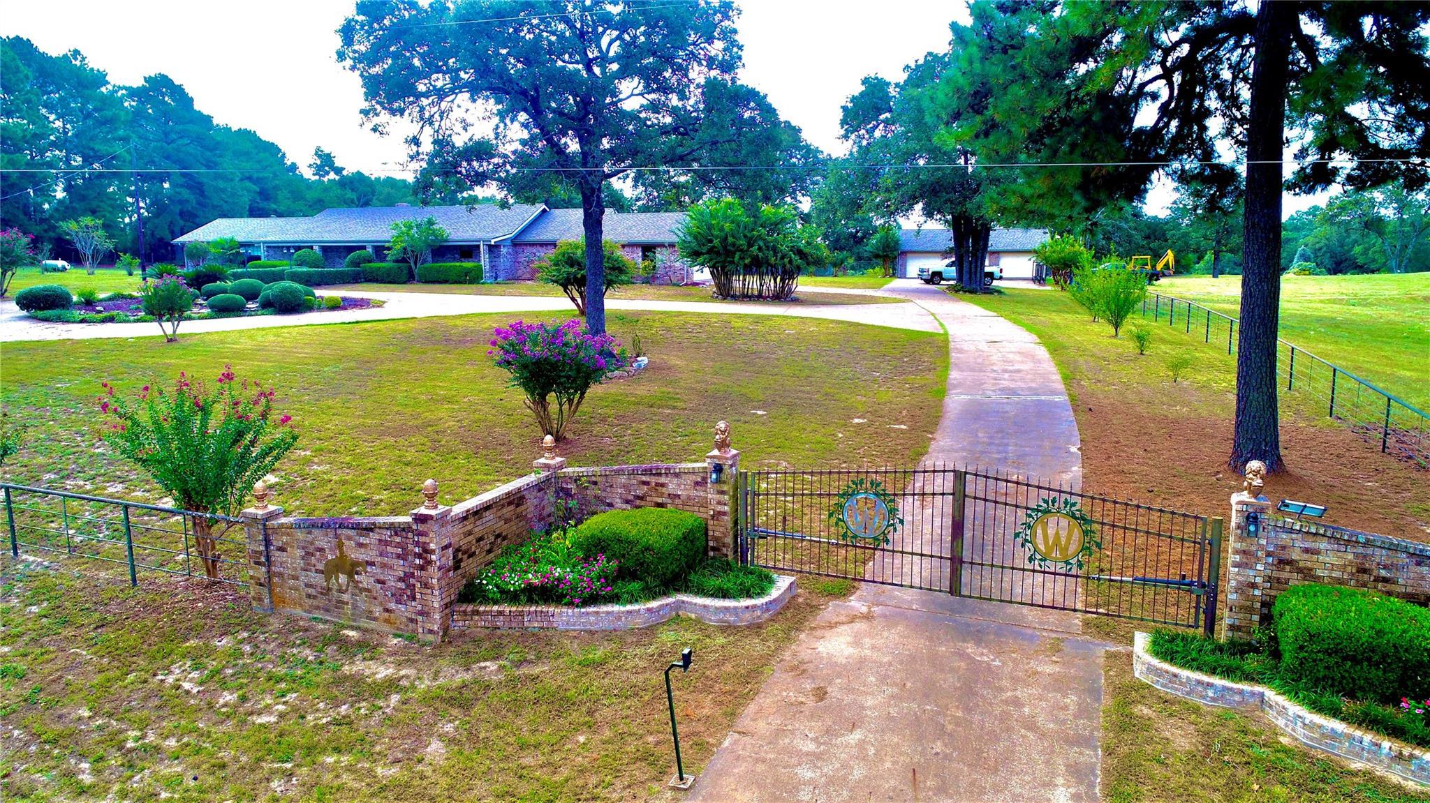 6099 FM 227 W Property Photo - Grapeland, TX real estate listing