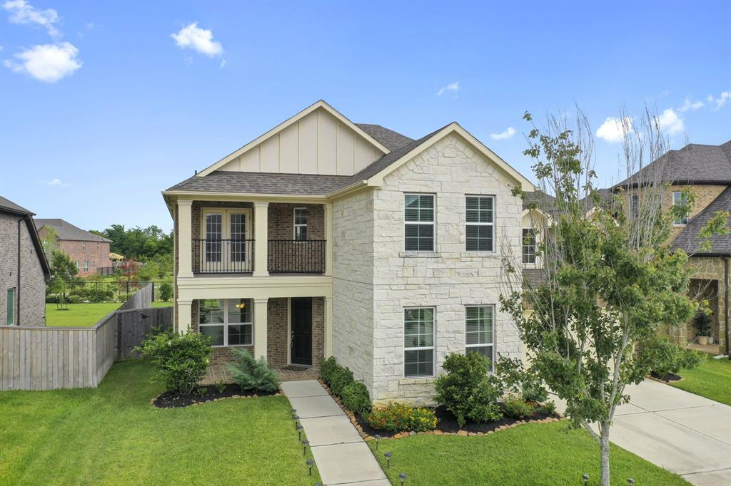 7225 Lake View Terrace Drive Property Photo - Pearland, TX real estate listing