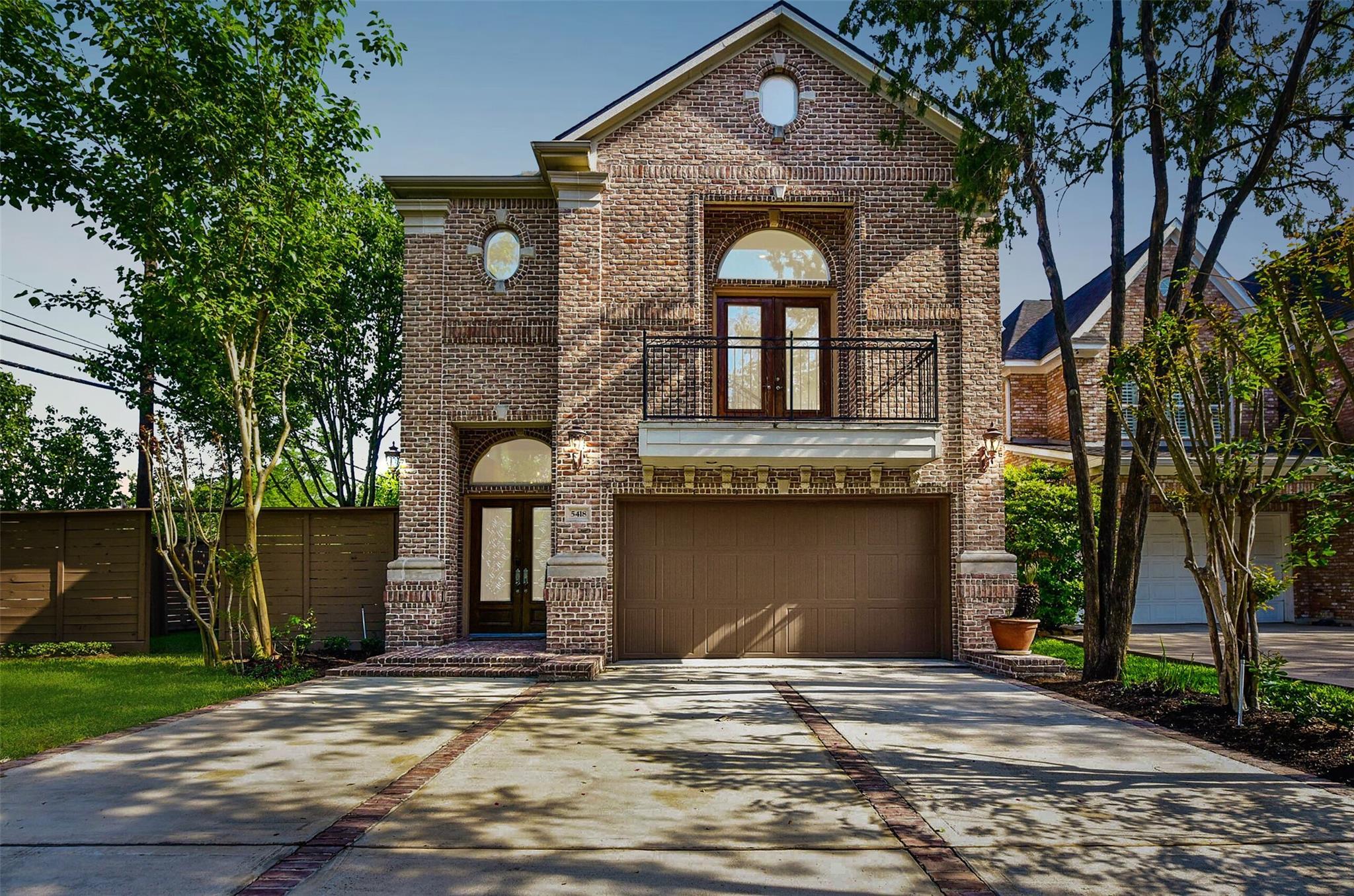 5418 Huisache Street Property Photo