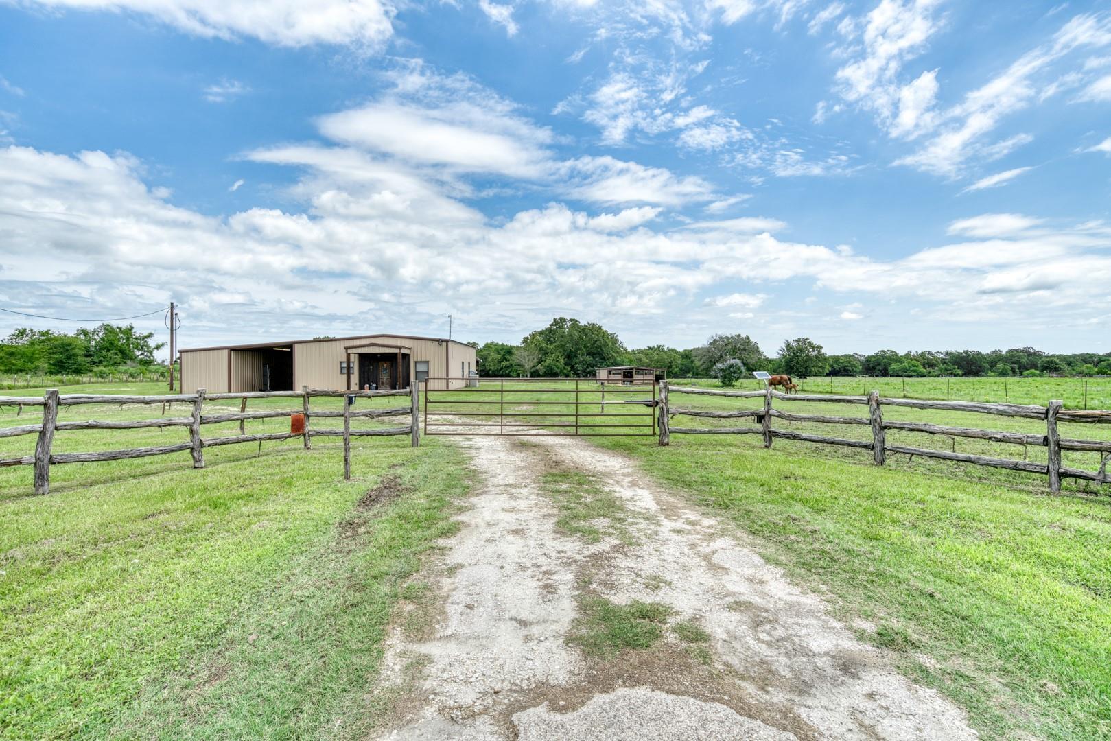 4743 Highway 75 S Property Photo