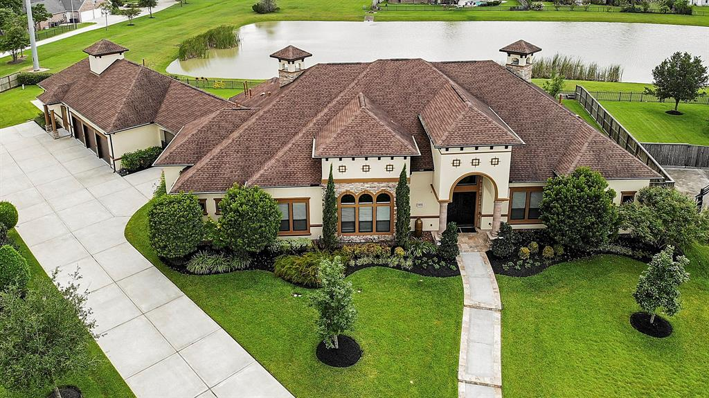 3021 Bridle Path Lane Property Photo - Friendswood, TX real estate listing