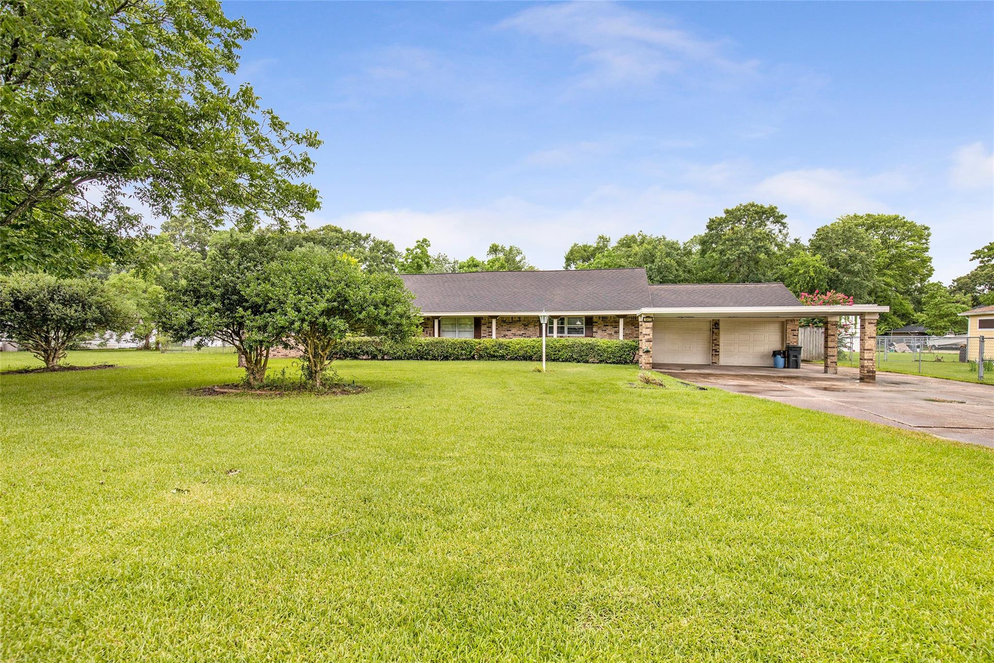 16411 Avenue D Property Photo