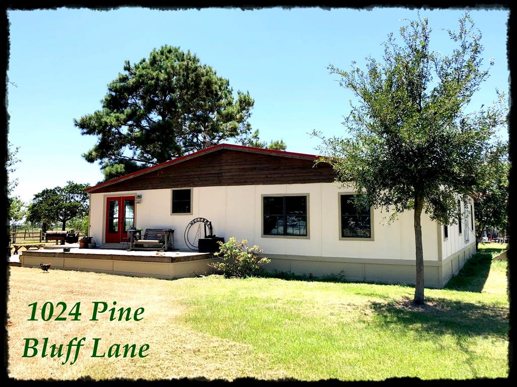 1024 Pine Bluff Lane Property Photo - Alleyton, TX real estate listing