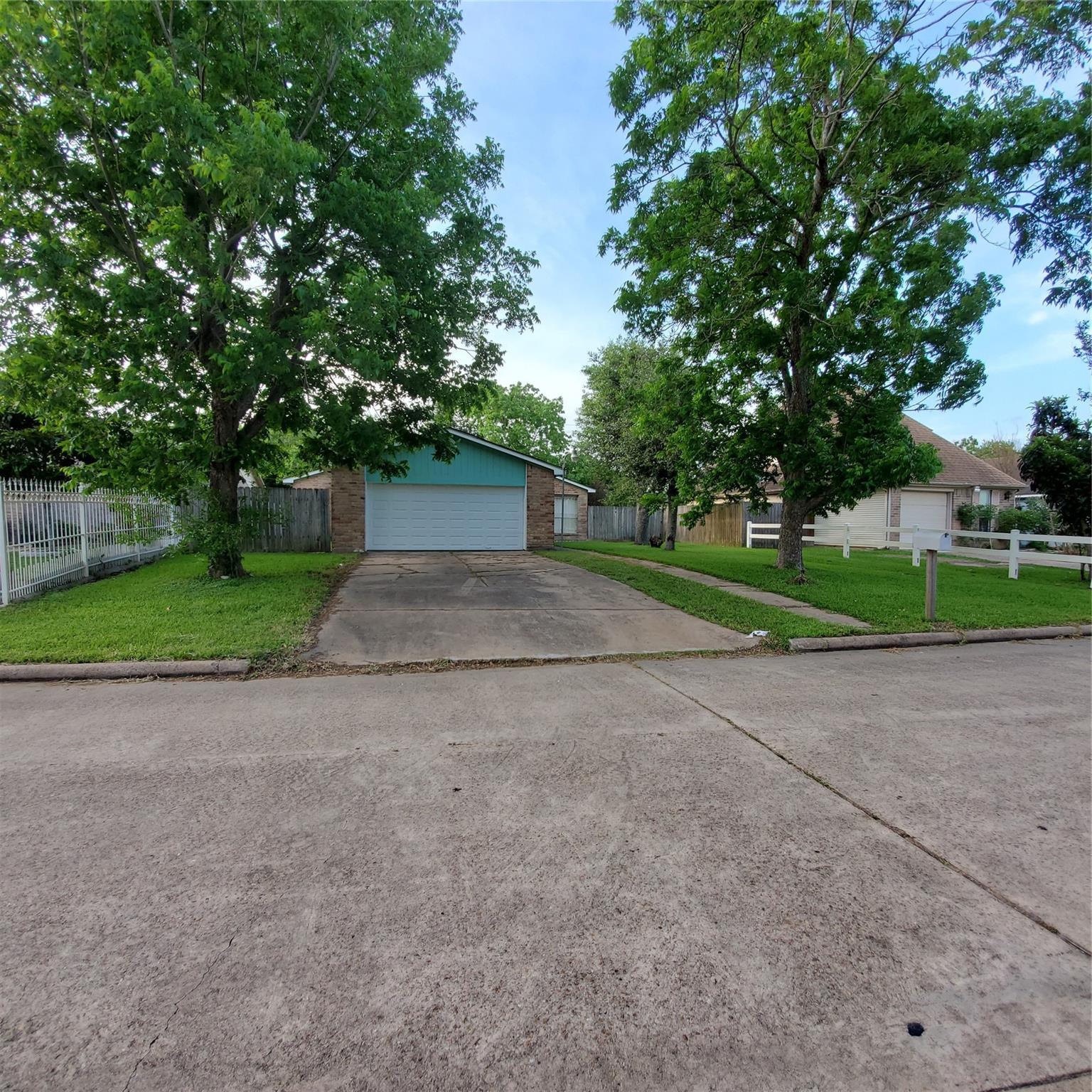 5550 Anderson Oaks Street Property Photo
