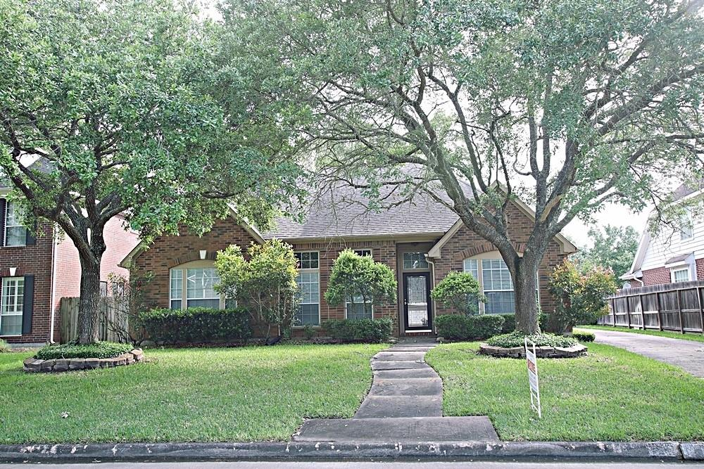 19311 Indian Hawthorn Drive Property Photo - Houston, TX real estate listing