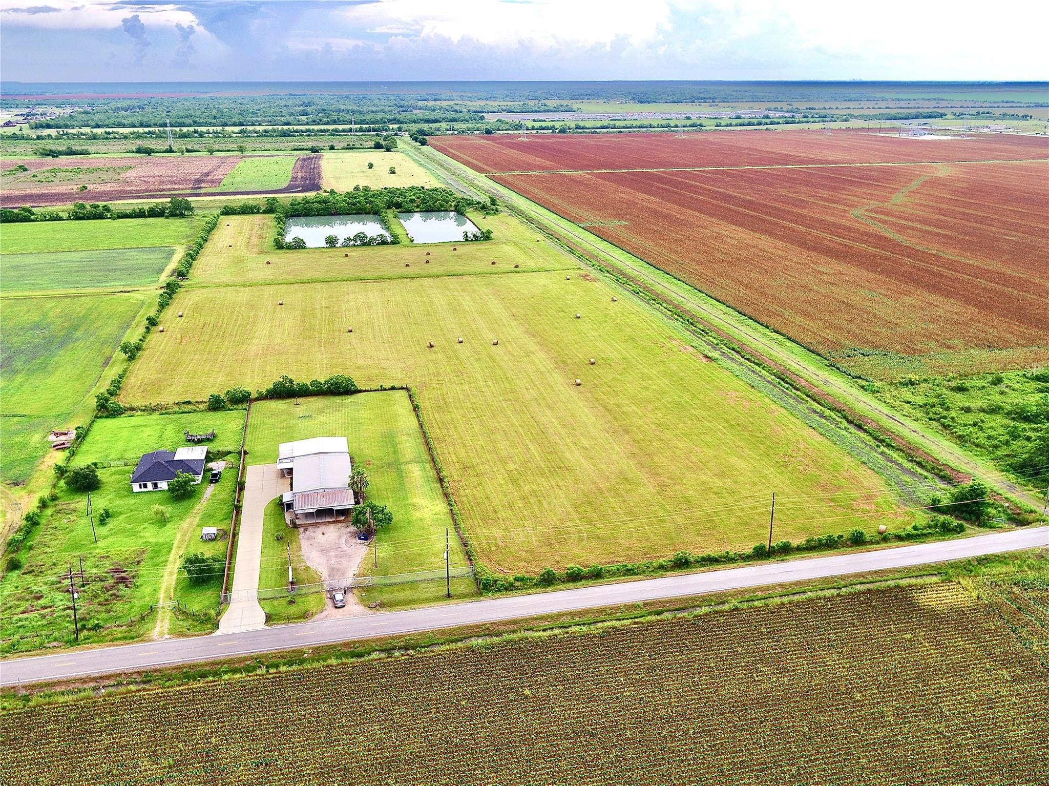 0 County Road 48 Property Photo - Rosharon, TX real estate listing