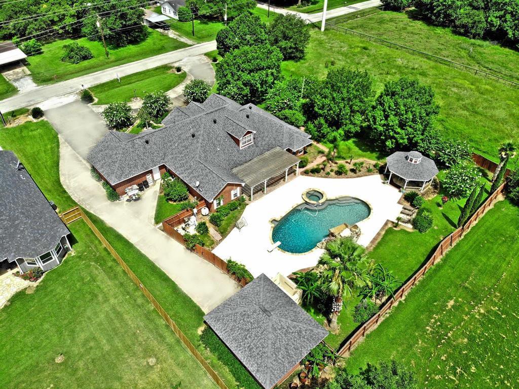 407 Old Wharton Road, East Bernard, TX 77435 - East Bernard, TX real estate listing