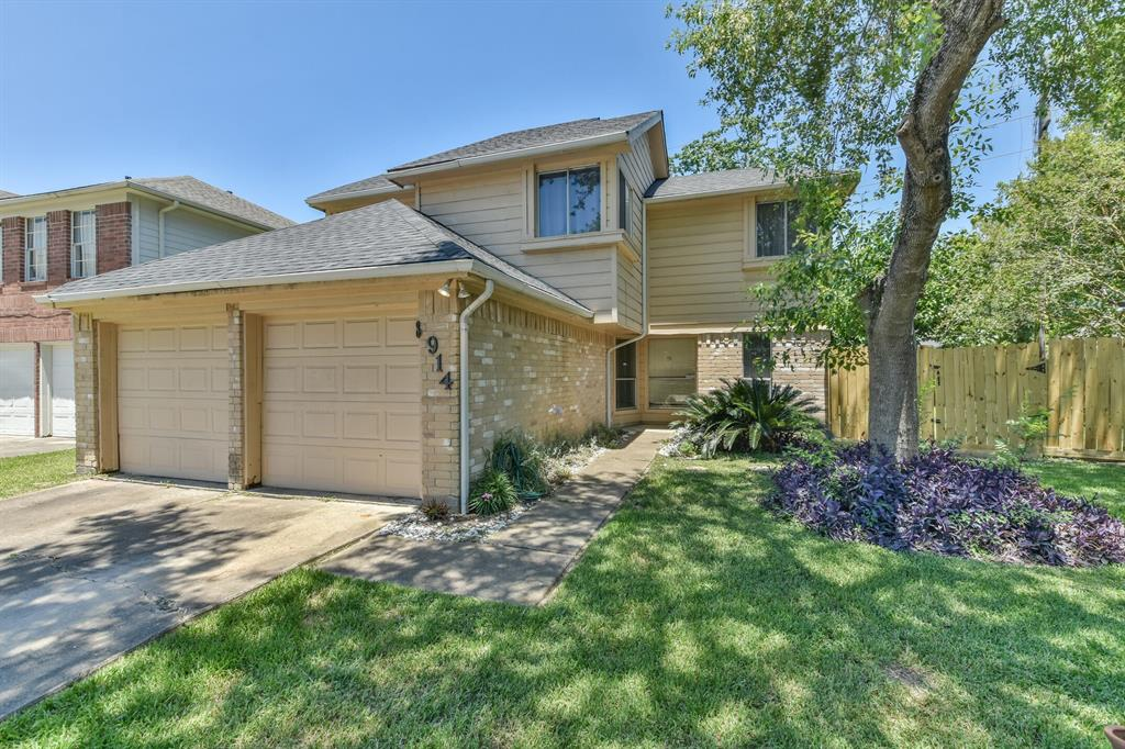 8914 Scenic Green Drive Property Photo - Houston, TX real estate listing