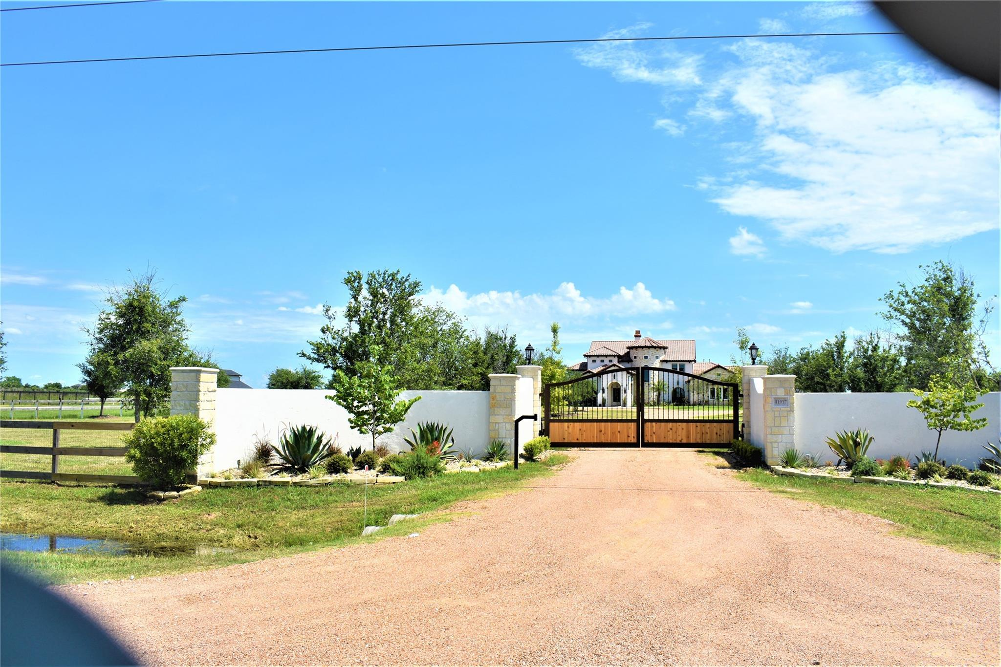 31917 Morrison Road Property Photo