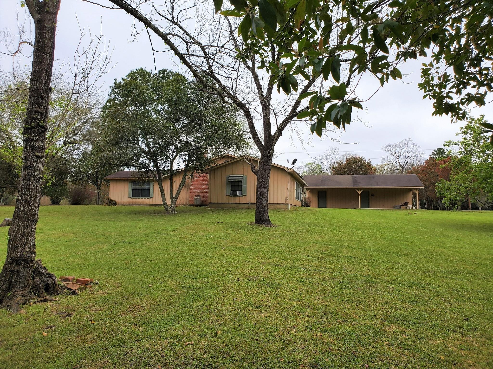 1004 Fm 1745 N Property Photo - Colmesneil, TX real estate listing