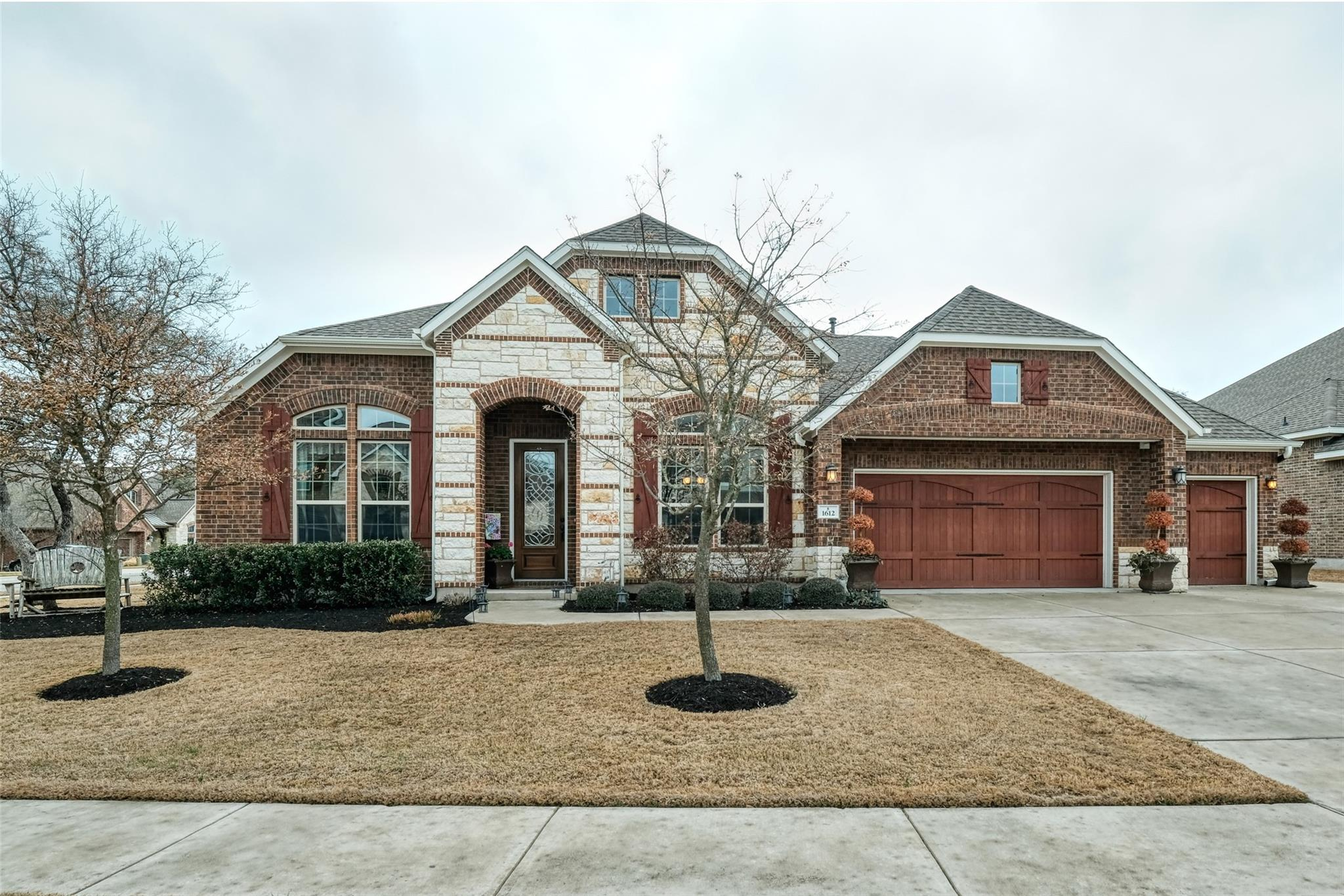 1612 Snyder Trail Property Photo - Leander, TX real estate listing