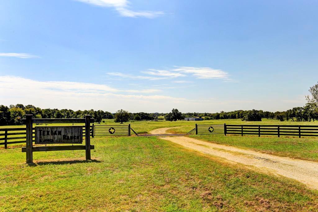 4300 HWY 290 E, Brenham, TX 77833 - Brenham, TX real estate listing