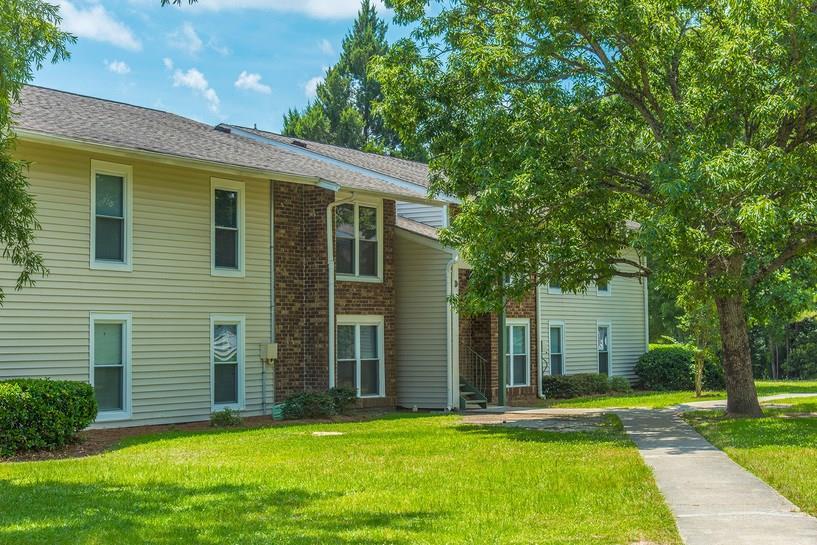29483 Real Estate Listings Main Image