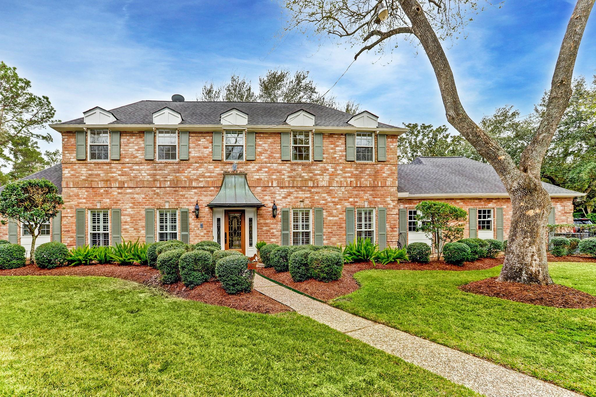 11607 Flintwood Court Property Photo - Bunker Hill Village, TX real estate listing