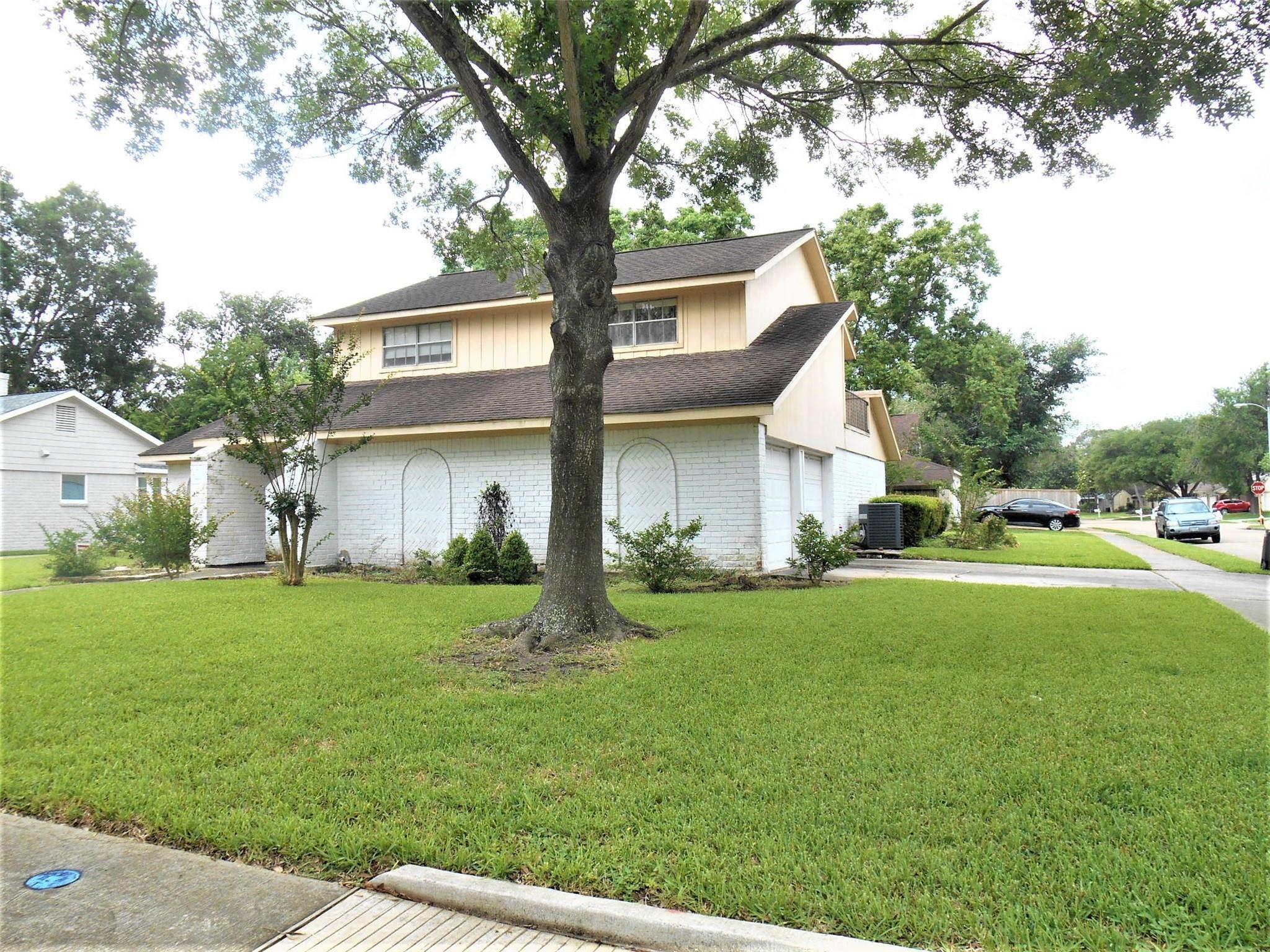 12131 Alston Drive Property Photo