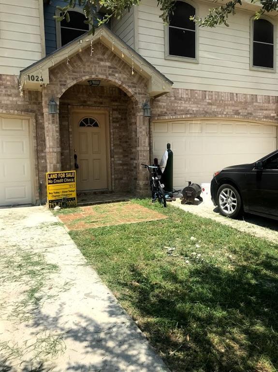 1024 Yellow Hammer Street, Rio Grande City, TX 78582 - Rio Grande City, TX real estate listing
