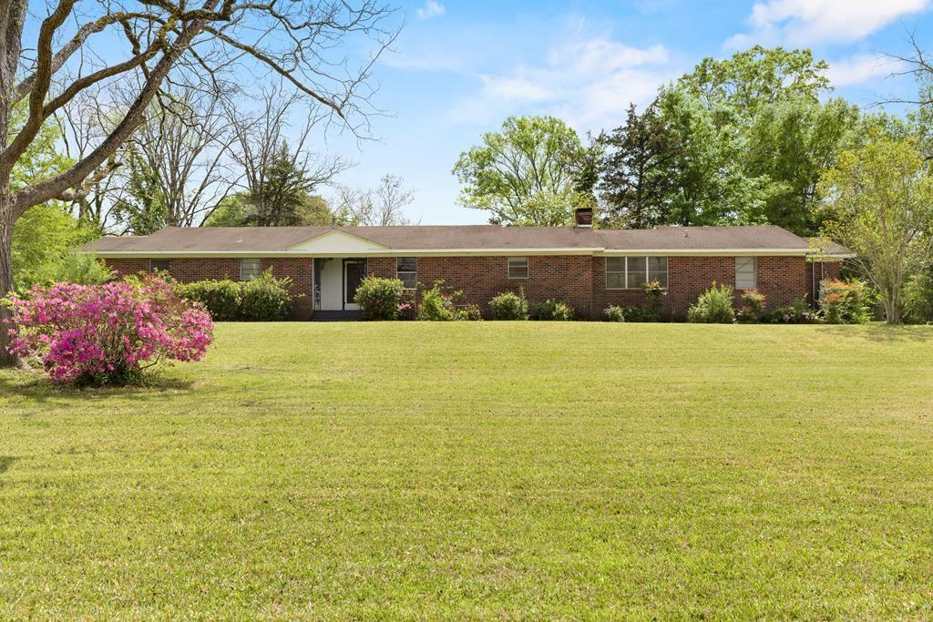 207 W Grand Property Photo - San Augustine, TX real estate listing