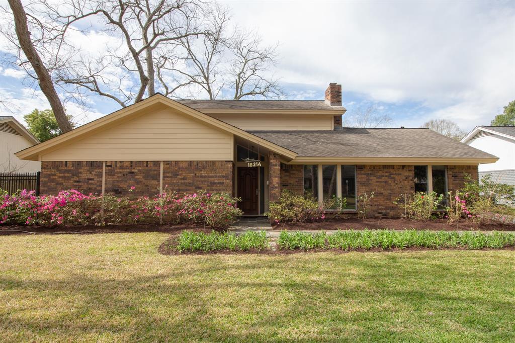 18214 Carriage Lane, Houston, TX 77058 - Houston, TX real estate listing