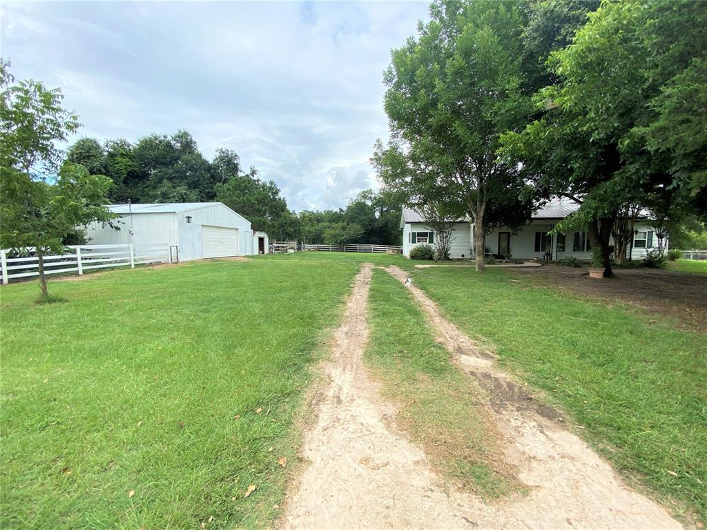 8228 Sand Hill Lane Property Photo - Madisonville, TX real estate listing