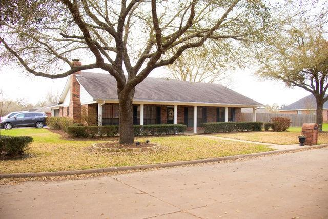 402 Aspen Bend Street Property Photo 1