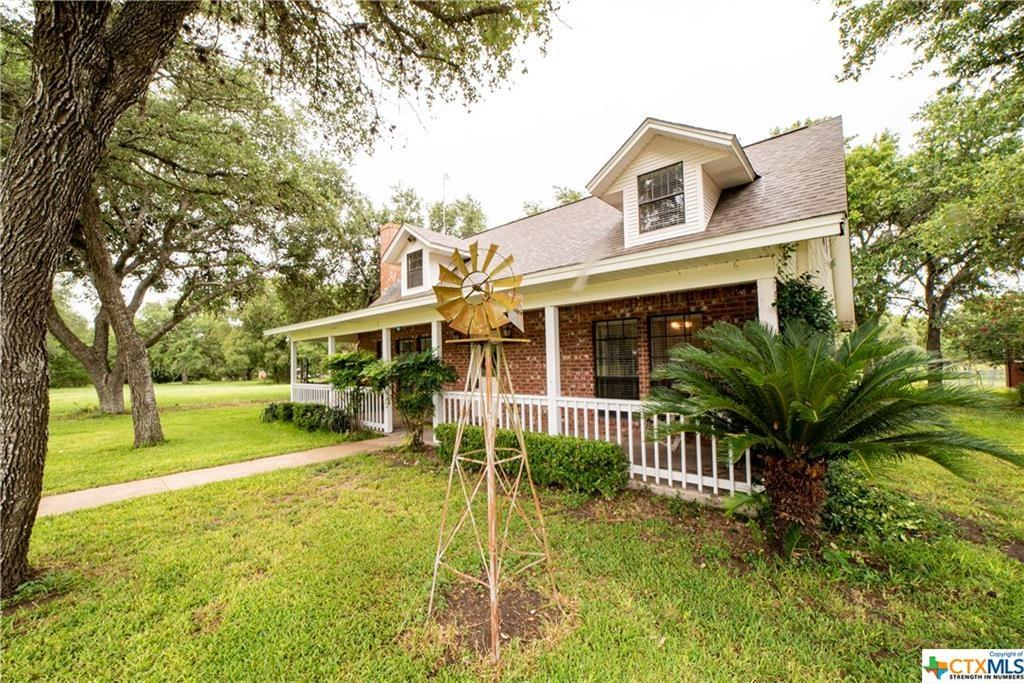 592 Mueller Road Property Photo - Victoria, TX real estate listing