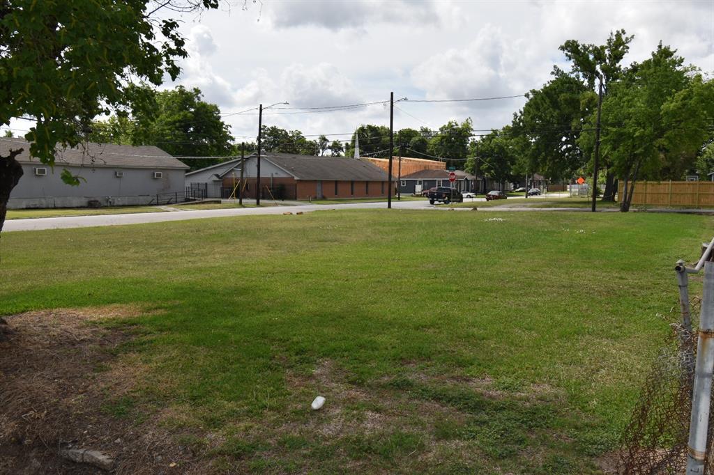 310 E 35th Street, Houston, TX 77018 - Houston, TX real estate listing