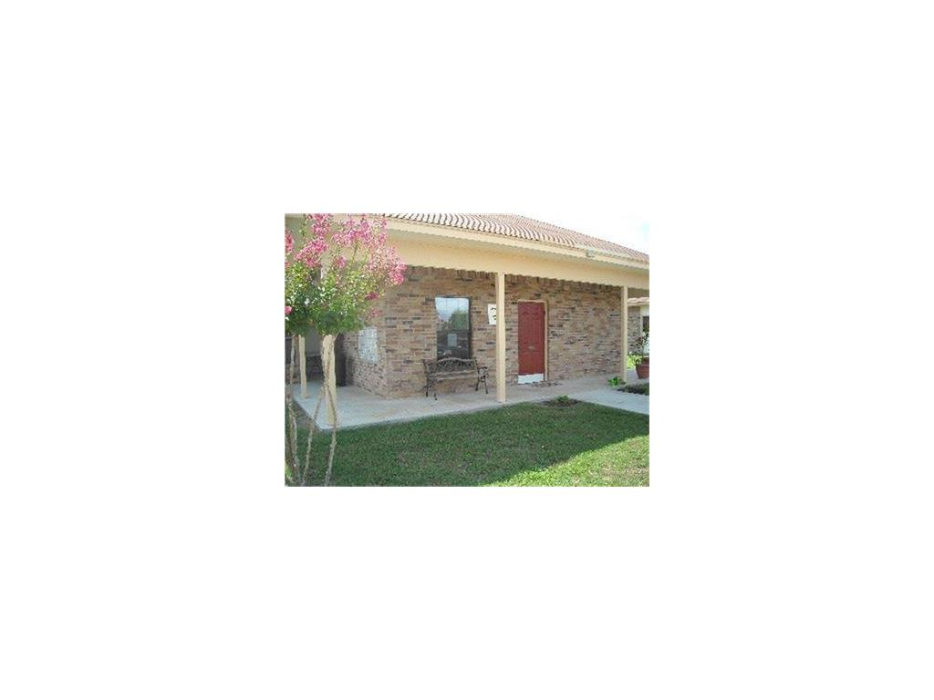 555 S Burke Street Property Photo - Goliad, TX real estate listing