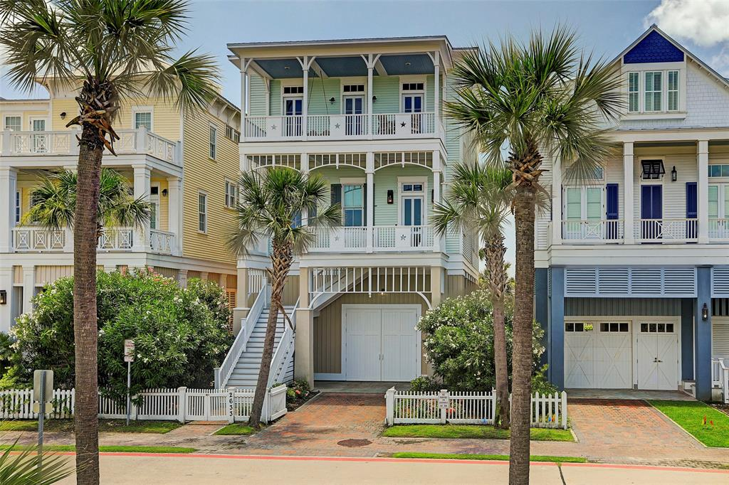 2633 E Seaside Drive Property Photo - Galveston, TX real estate listing