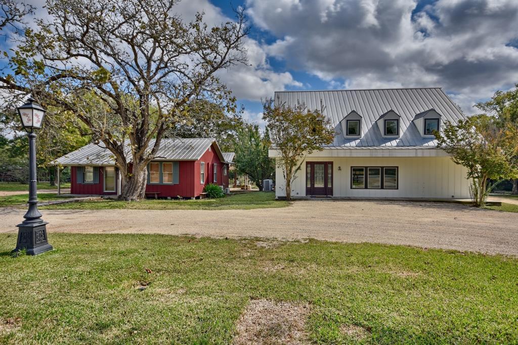 453 N Washington Street Property Photo - Round Top, TX real estate listing