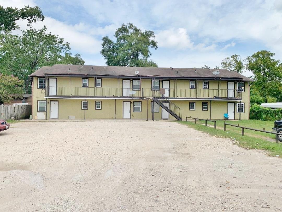 14039 Eagle Pass Street Property Photo - Houston, TX real estate listing