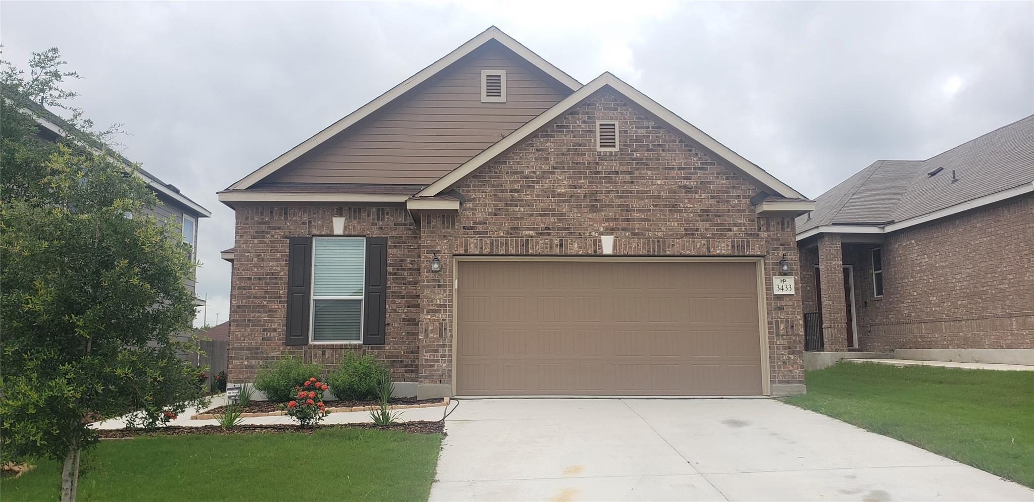 3433 Monroe Avenue Property Photo